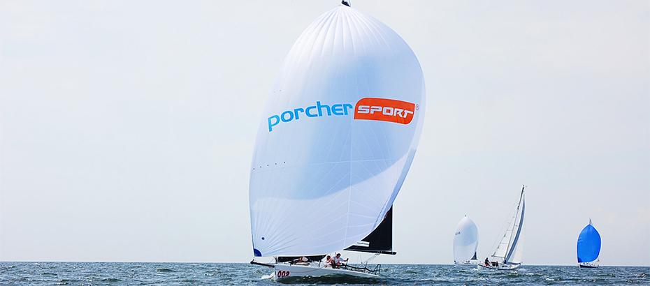 Team from Porcher Industries competes in the Sachem's Head Coastal Classic, experiencing the benefits of their EasySail® fabric for spinnakers.